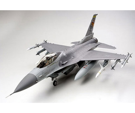 Lockheed Mar.F-16CJ Fighting Falcon 1:32