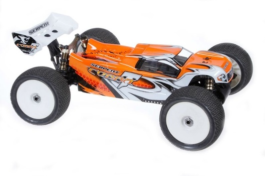 Serpent Cobra E-Truggy RTR orange