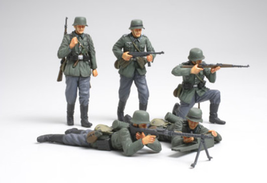 WWII Fig-Set Dt. Infant. Frankr.(5) 1:35